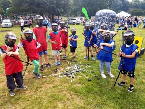 Bow_arrow_tag_archery_family_fun_day-Hove-2016 (14)