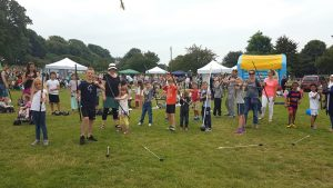 Bow_arrow_tag_archery_family_fun_day-Hove-2016 (17)